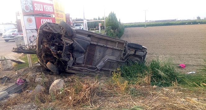işçileri taşıyan minibüs devrildi: 12 yaralı!