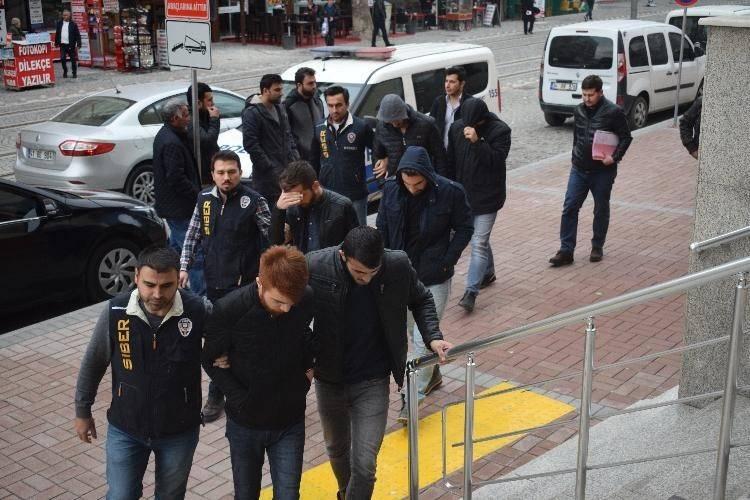 Yasa dışı bahis ile 10 milyonluk vurgun yapan 6 kişiden 2'si tutuklandı