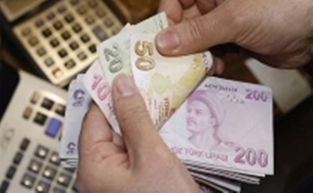 2017 asgari ücret ne kadar olacak? Patronlar '0' zam istiyor, işçiler 1600 lira...