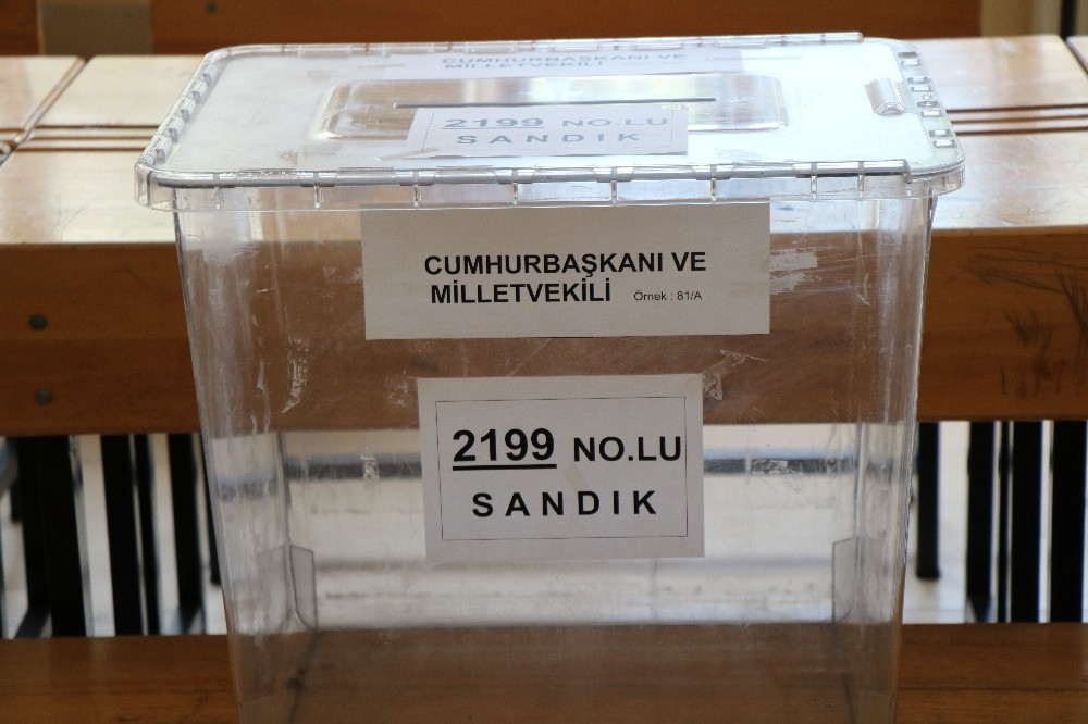 Samsun'da okullar seçime hazır