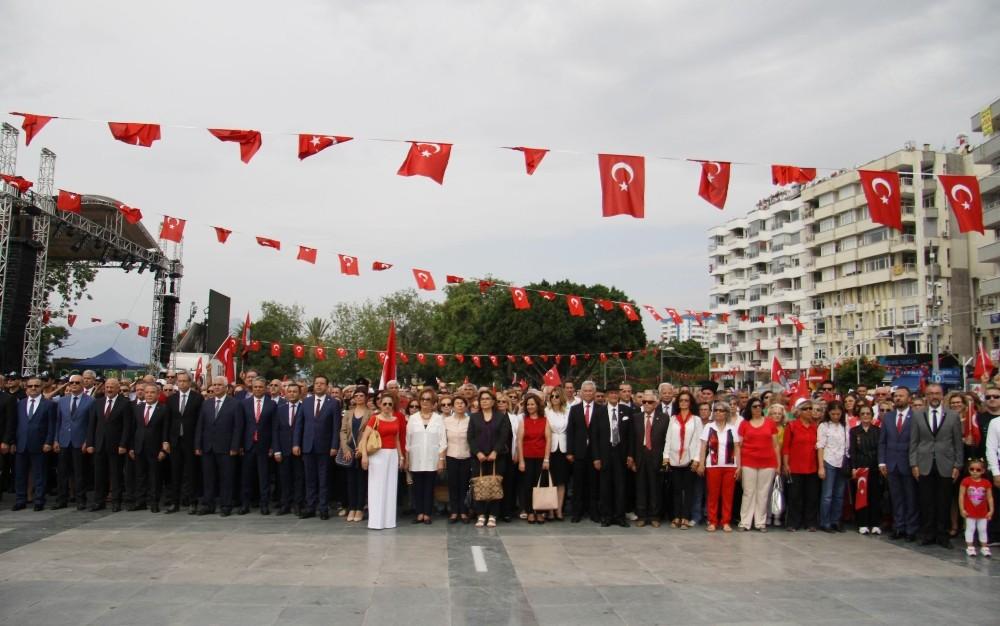 Antalya'da 19 Mayıs kutlamaları