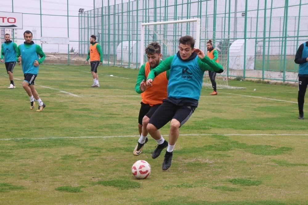 Şanlıurfaspor, Konya Anadolu Selçukspor maçı hazırlıklarını sürdürüyor