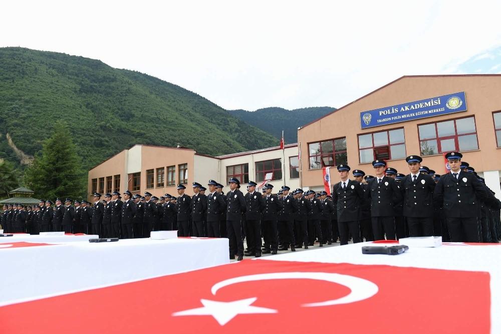Trabzon Polis Meslek Eğitim Merkezi yeni mezunlarını verdi