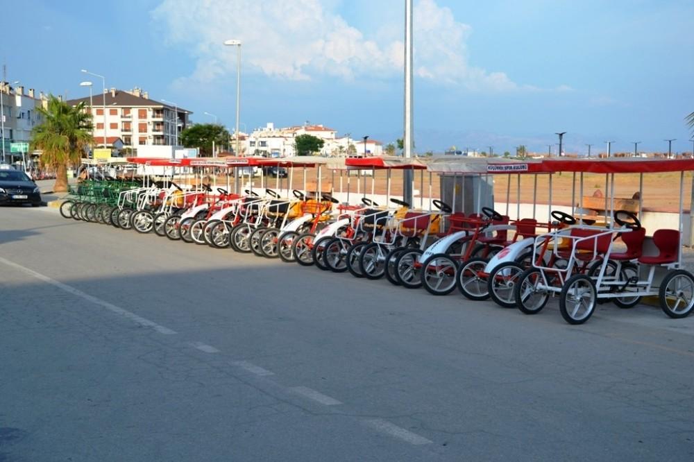 Bisiklet turları Küçükköyspor'un gelir kaynağı oldu