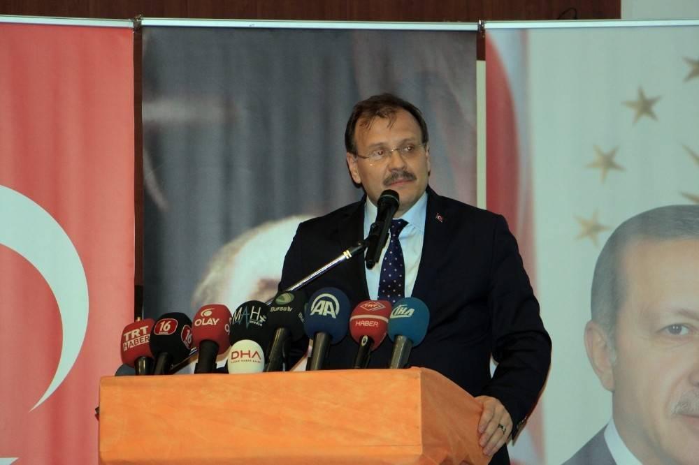 """Başbakan Yardımcısı Hakan Çavuşoğlu: """"Siz destek vermeseydiniz başaramazdık"""""""
