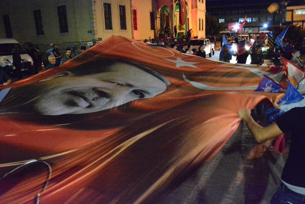Sinop'ta vatandaşların seçim kutlamaları
