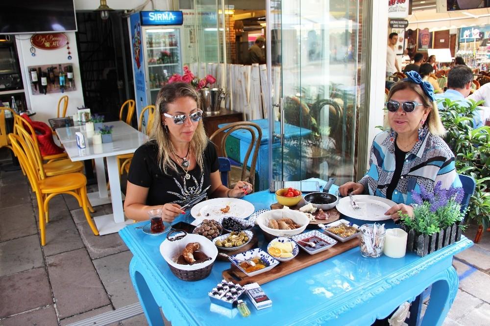 Şarkıcı Yeşilmen: ″Bütün Türkiye benim selülitlerimi konuştu″
