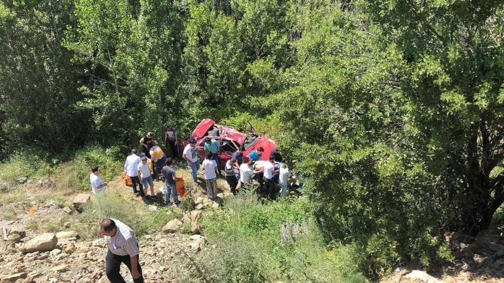 Çorum'da iki ayrı trafik kazası: 1 ölü, 10 yaralı