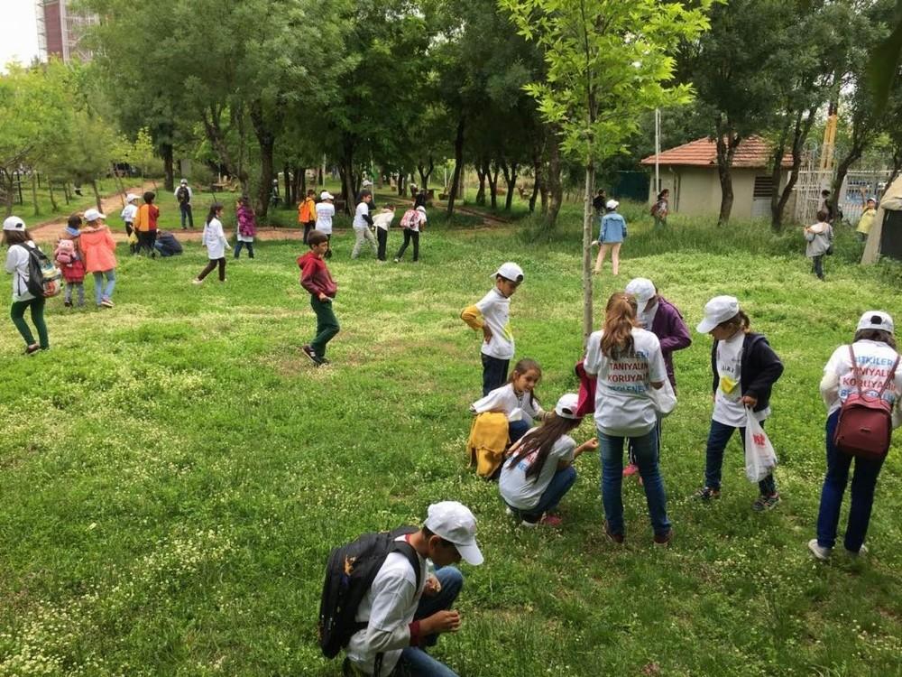 Siirtli çocuklar tarımla buluştu