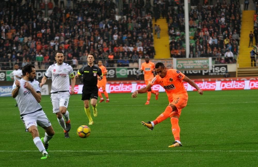 Spor Toto Süper Lig: A. Alanyaspor: 1 - Konyaspor: 2 (Maç sonucu)