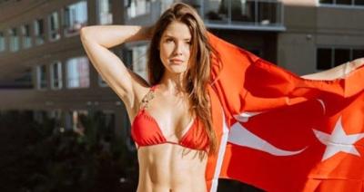 Amanda Cerny Türkiye'ye Geliyor