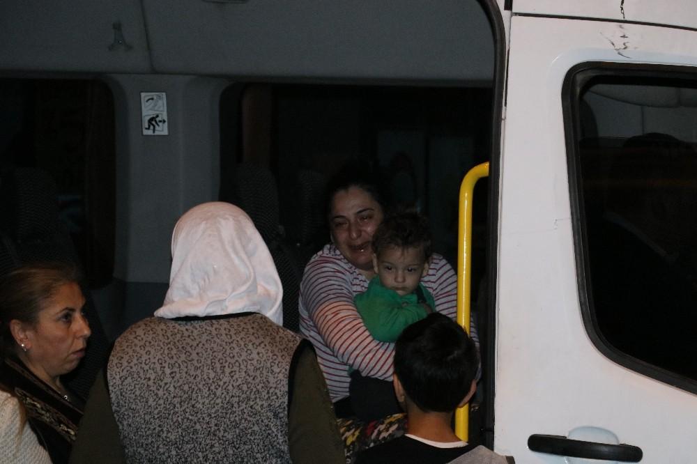 Anne ve çocuğu yanmaktan son anda kurtuldu