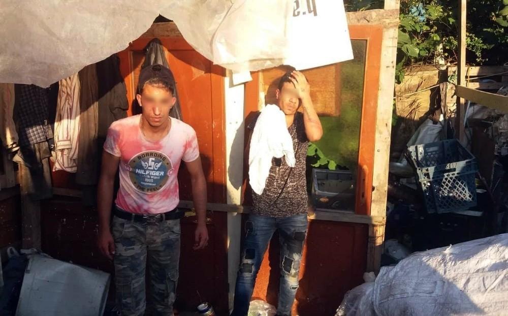 Vatandaşlar hırsızları yakalayarak polise teslim etti