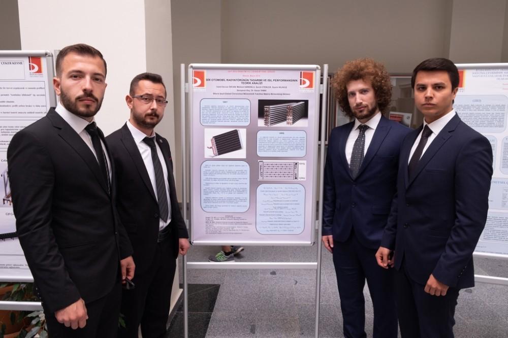 Makine mühendisliği öğrencileri bitirme projelerini sergiledi