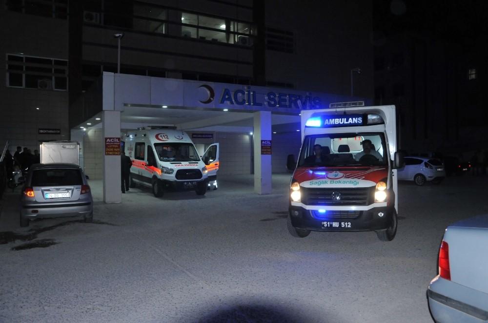 Pompalı tüfekle dehşet saçtı:3'ü çocuk 8 yaralı
