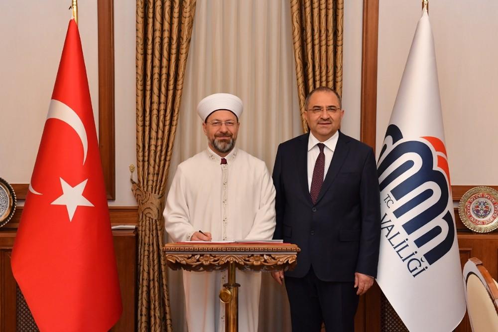 Diyanet İşleri Başkanı Erbaş Malatya Valiliğini ziyaret etti