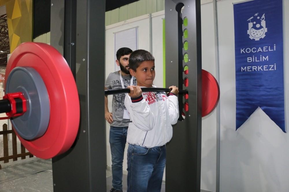 """23 Nisan Çocuk Festivali'nde """"Cep Herkülü"""" anılıyor"""