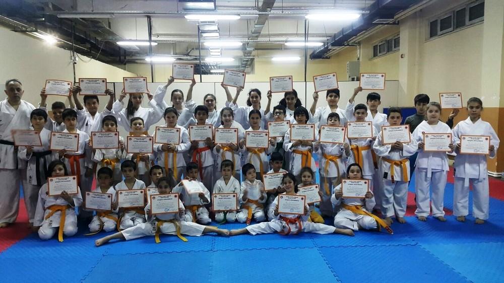 Aydınlı kızlardan karate kursuna yoğun ilgi