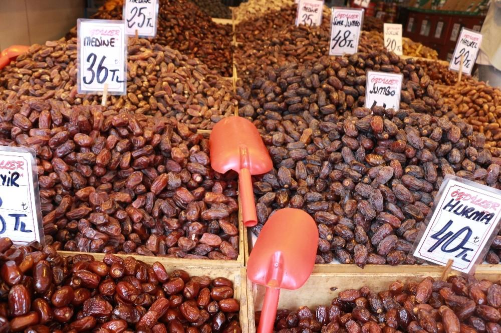 Ramazan'ın ilk haftasında hurma satışları durgun