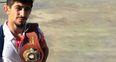 Dünya Şampiyonu Güreşçiyi Otogarda Kimse Karşılamadı