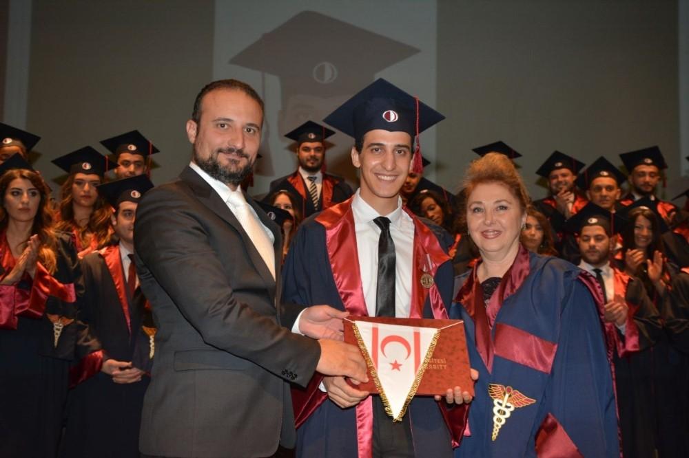 Yakın Doğu Üniversitesi Tıp Fakültesi mezuniyet töreni gerçekleştirildi