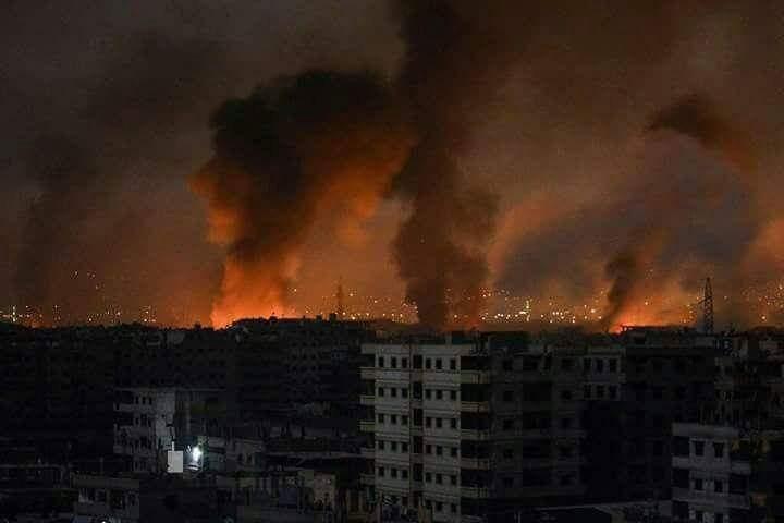 Hama'da rejim ve İran Devrim Muhafızlarının bulunduğu tugayda şiddetli patlamalar meydan geldi: 38 ölü 57 yaralı
