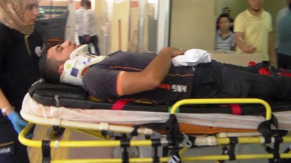 Şanlıurfa'da iki motosiklet kafa kafaya çarpıştı: 2 yaralı