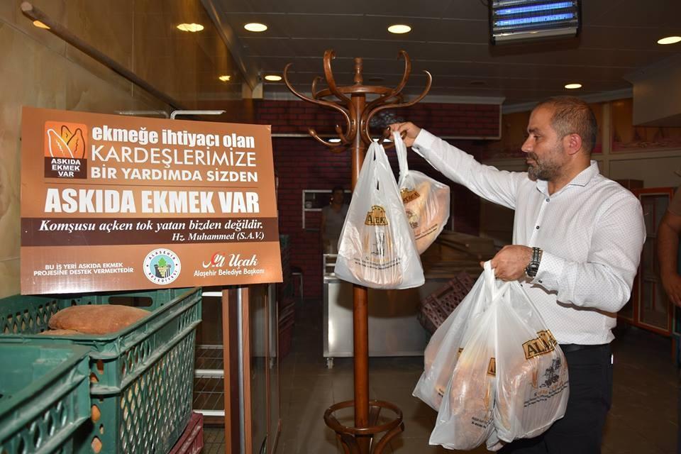 Alaşehir Belediyesinden 'Askıda Ekmek Projesi'ne tam destek