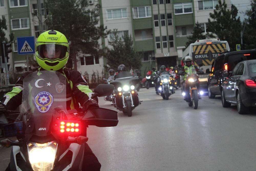 Motosiklet tutkunları, motorlarını Afrin için sürdüler