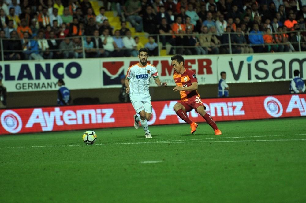 Spor Toto Süper Lig: Aytemiz Alanyaspor: 2 - Galatasaray: 3 (Maç sonucu)