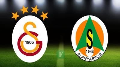 Galatasaray-Aytemiz Alanyaspor maçı öncesi 25 Kasım Kadına Yönelik Şiddete Karşı Mücadele Günü unutulmadı