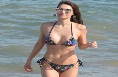 Julia Pereira'dan Tatil Pozları