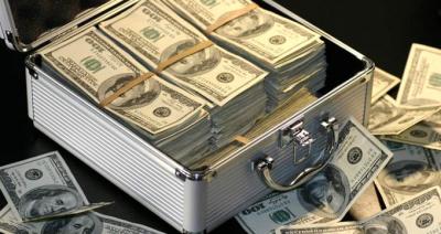 Memurun Hesabına Maaş Diye Yanlışlıkla 500 Bin Dolar Yatırıldı