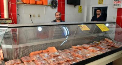 Oda Başkanı Tavuk Eti Fiyatına İsyan Etti: Böyle Devam Ederse Tavukçuları 3 Gün Kapatırım