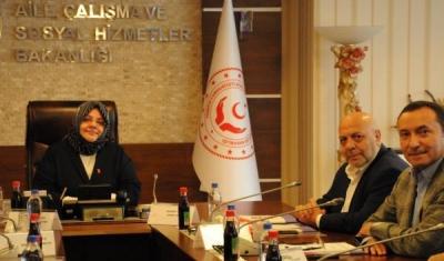 Taşerondan Çalışma Bakanı'na Sürpriz Ziyaret