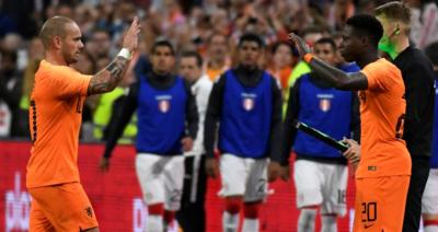 Wesley Sneijder, Hollanda Milli Takımına Veda Etti